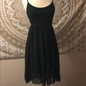 FOREVER 21 LINED BLACK MIDI DRESS